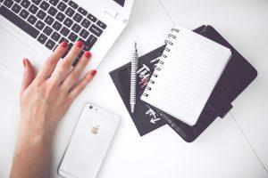 بلاگر کیست